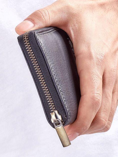 Czarny męski portfel skórzany na suwak                              zdj.                              6