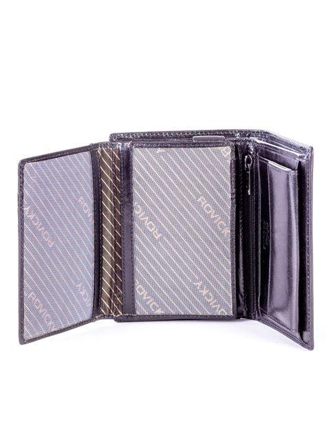 Czarny portfel męski skórzany z tłoczeniem                              zdj.                              4