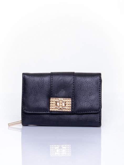 Czarny portfel z ozdobnym zapięciem                                  zdj.                                  1
