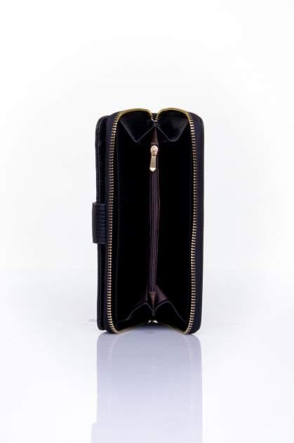 Czarny portfel ze złotą klamerką                                  zdj.                                  5