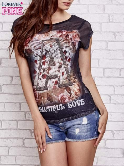 Czarny siateczkowy t-shirt z literą A z dżetami                                  zdj.                                  1