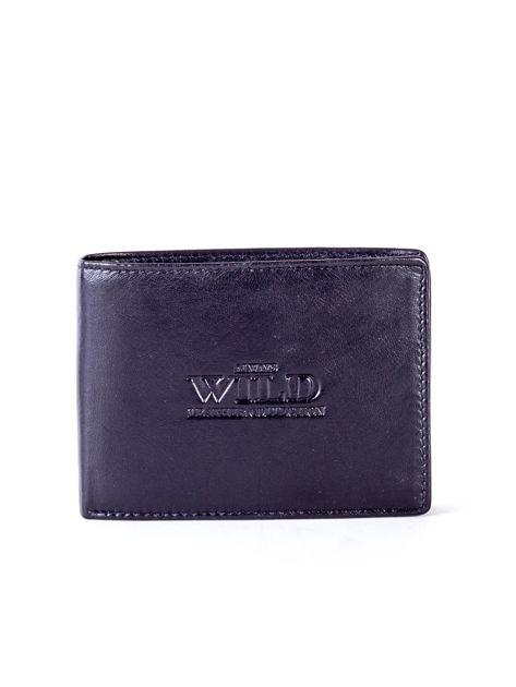Czarny skórzany portfel męski z tłoczeniem                              zdj.                              1