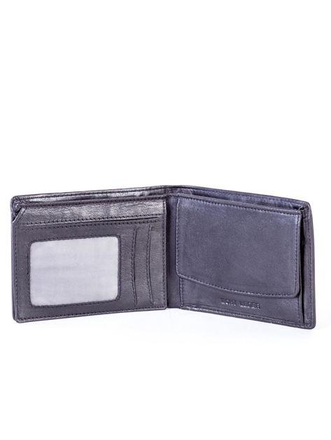 Czarny skórzany portfel męski z tłoczeniem                              zdj.                              4