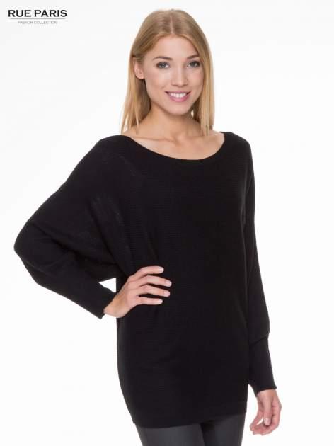 Czarny sweter z nietoperzowymi rękawami                                  zdj.                                  1