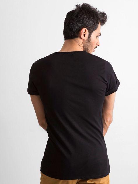 Czarny t-shirt męski z kieszonką                              zdj.                              3