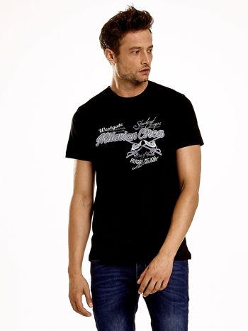Czarny t-shirt męski z nadrukiem napisów w sportowym stylu                                  zdj.                                  2
