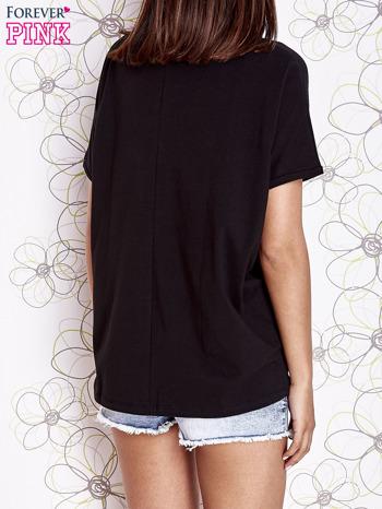 Czarny t-shirt oversize                                  zdj.                                  4