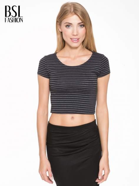 Czarny t-shirt typu crop w paski                                  zdj.                                  1