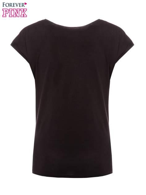 Czarny t-shirt z nadrukiem tekstowym PIĘKNA MĄDRA SKROMNA                                  zdj.                                  5