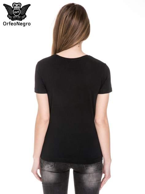 Czarny t-shirt z nadrukiem złamanego serca                                  zdj.                                  4