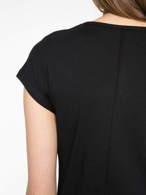 Czarny t-shirt z napisem 1989                                  zdj.                                  9