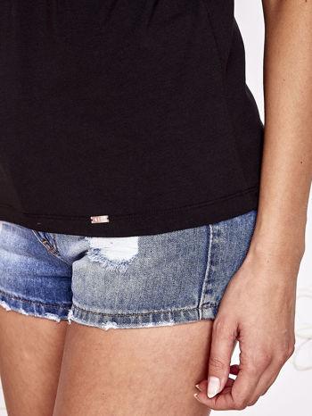 Czarny t-shirt z napisem JE T'AIME i dekoltem na plecach                                  zdj.                                  6
