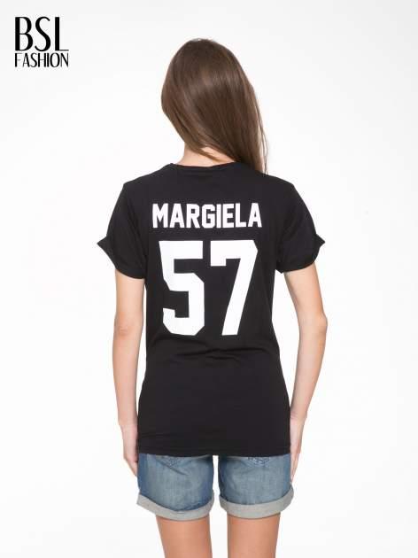 Czarny t-shirt z napisem MARGIELA 47 na plecach                                  zdj.                                  5