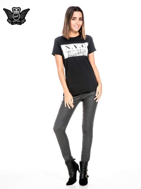 Czarny t-shirt z napisem NYC Brooklyn                                  zdj.                                  2