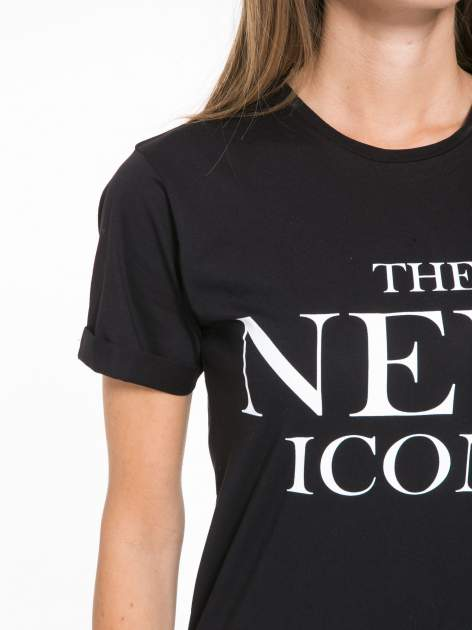 Czarny t-shirt z napisem THE NEW ICONS                                  zdj.                                  6