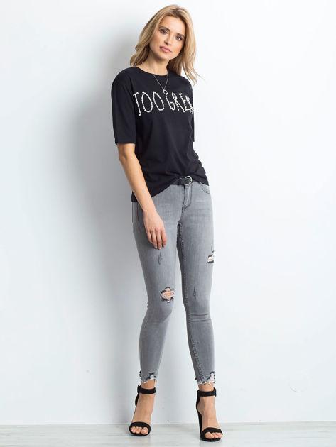 Czarny t-shirt z napisem z perełek                              zdj.                              4