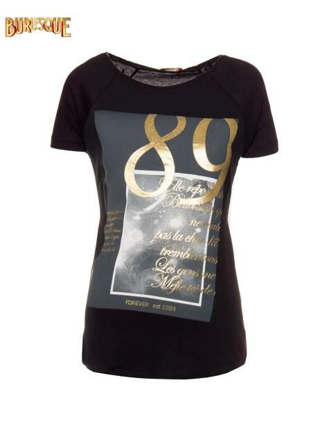 Czarny t-shirt ze złotym nadrukiem 1989                                  zdj.                                  1