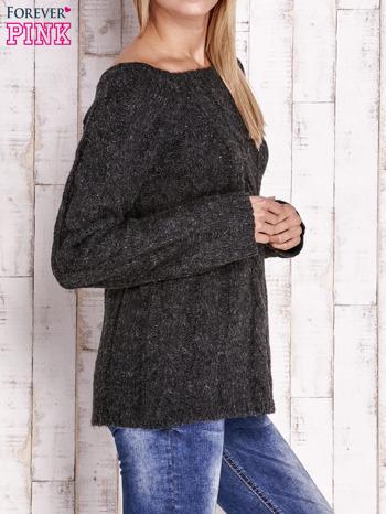 Czarny wełniany sweter z warkoczowym splotem                                  zdj.                                  3