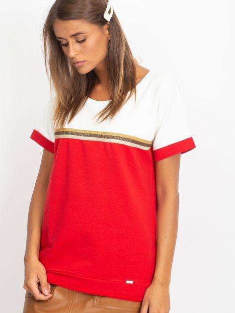 Czerwona bluzka z dekoltem na plecach                              zdj.                              1