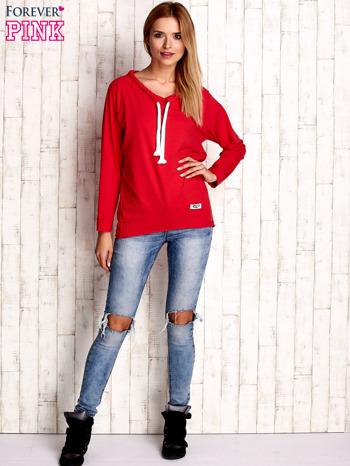 Czerwona bluzka z troczkami                                  zdj.                                  2