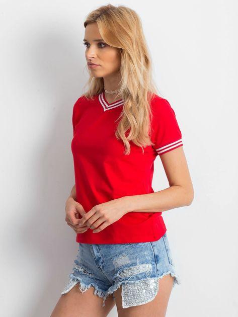 Czerwona bluzka ze ściągaczami                              zdj.                              3