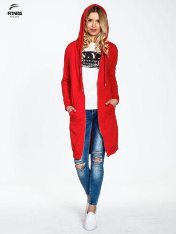 Czerwona długa bluza z kapturem                                   zdj.                                  1