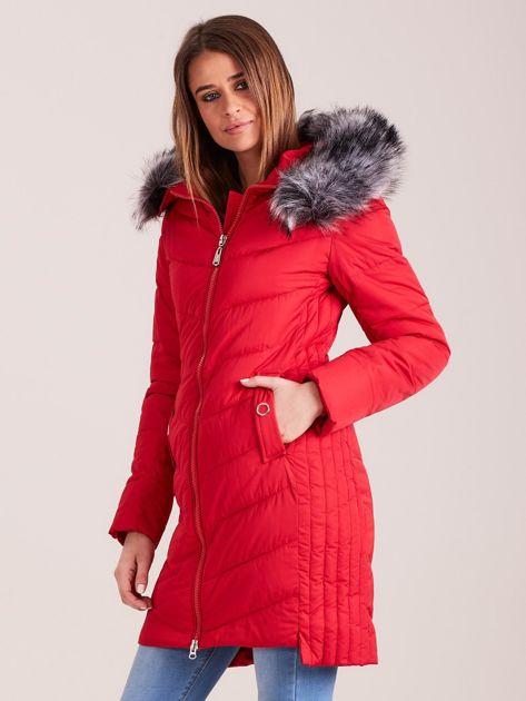 Czerwona długa kurtka na zimę                              zdj.                              2