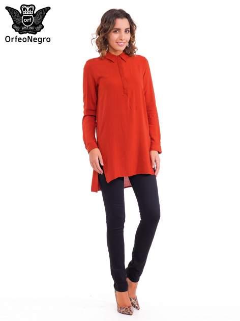 Czerwona koszulotunika z rozcięciami                                  zdj.                                  2