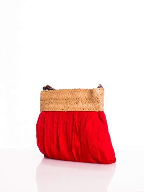 Czerwona listonoszka ze słomkową górą                                  zdj.                                  3