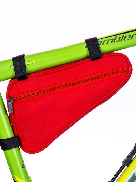 Czerwona materiałowa saszetka rowerowa