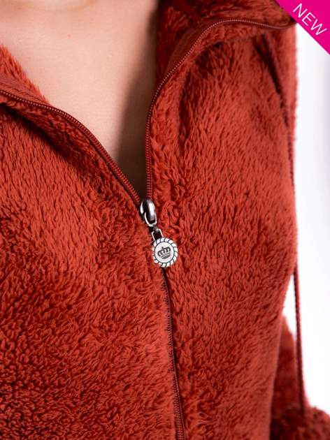 Czerwona pluszowa bluza z kapturem z uszkami i pomponami                                  zdj.                                  8