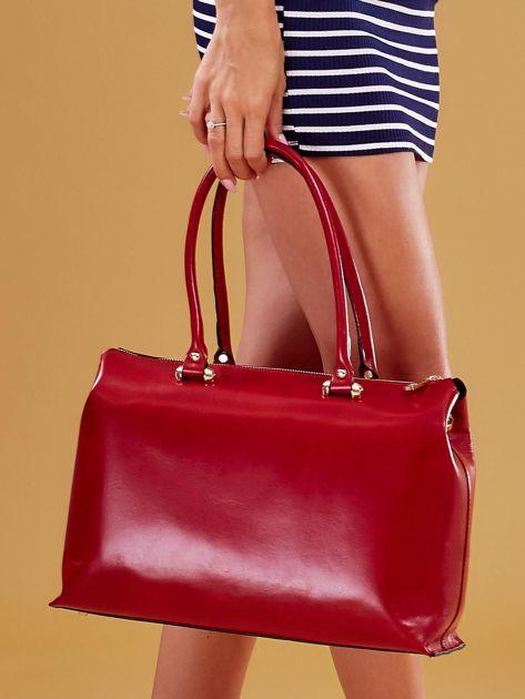 Czerwona skórzana torba damska kuferek                              zdj.                              1