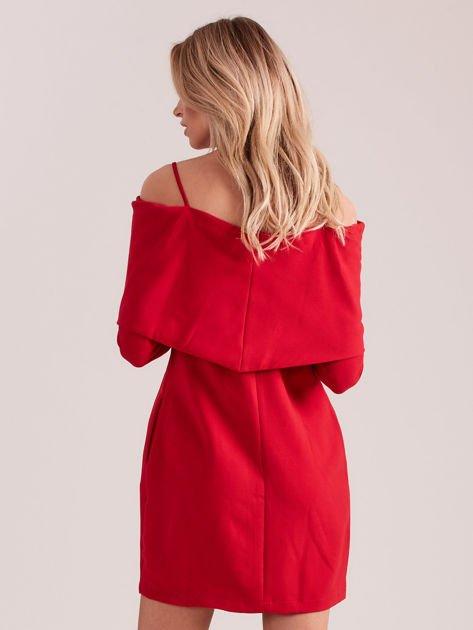 Czerwona sukienka cold arms z szeroką falbaną                              zdj.                              2