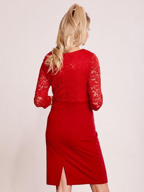 Czerwona sukienka z koronkową górą                               zdj.                              2