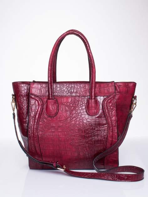 Czerwona trapezowa torba miejska z efektem skóry krokodyla                                  zdj.                                  1