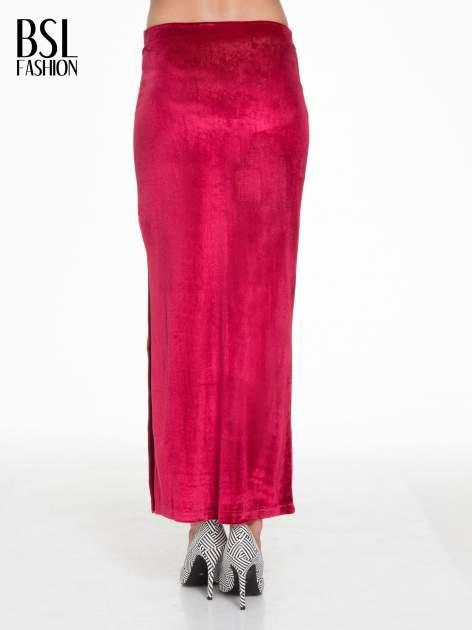 Czerwona zamszowa spódnica maxi z rozporkiem                                  zdj.                                  2