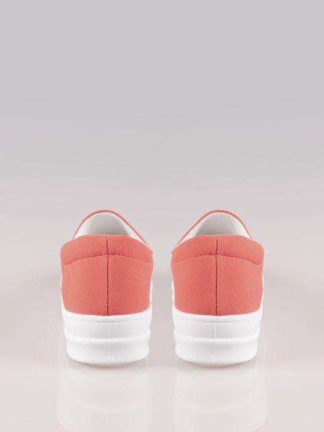 Czerwone buty slip on na wysokiej podeszwie                                  zdj.                                  3