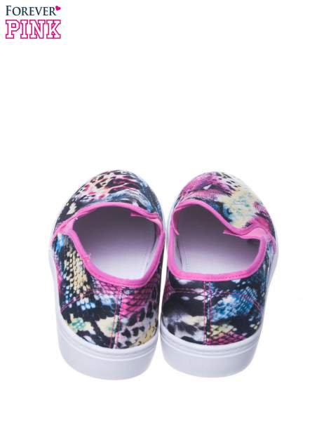 Czerwone buty slip on we wzór animal print                                  zdj.                                  3