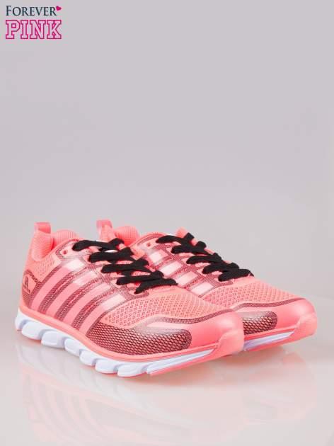 Czerwone buty sportowe textile Lovegame z elastyczną podeszwą                                  zdj.                                  2