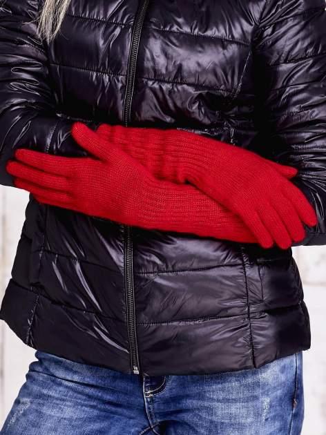 Czerwone długie rękawiczki z drapowanym rękawem                                  zdj.                                  2