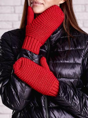 Czerwone grube rękawiczki na jeden palec                                  zdj.                                  2