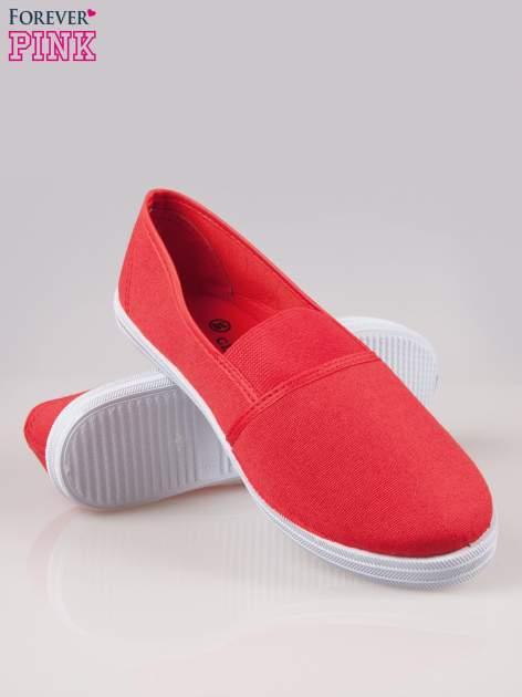 Czerwone miękkie buty slip on                                  zdj.                                  4