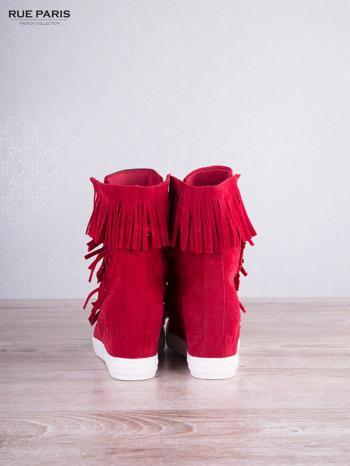 Czerwone zamszowe sneakersy Aravia z frędzelkami na koturnach                                  zdj.                                  4