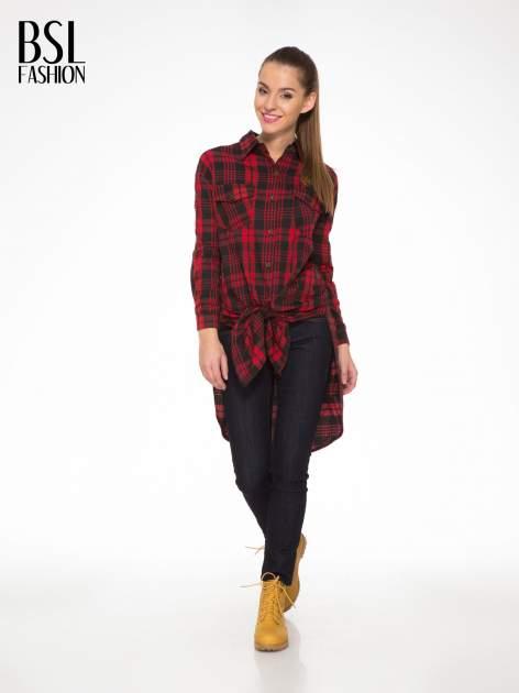 Czerwono-czarna długa koszula w kratę z kieszeniami