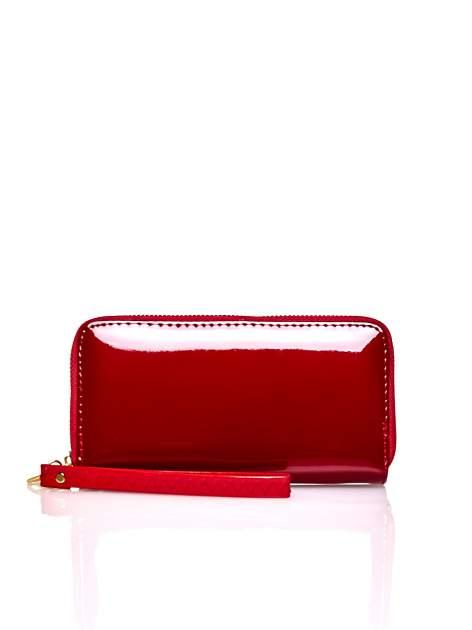 Czerwony lakierowany portfel z uchwytem na rękę                                  zdj.                                  1