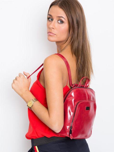 Czerwony plecak damski ze skóry ekologicznej                              zdj.                              1