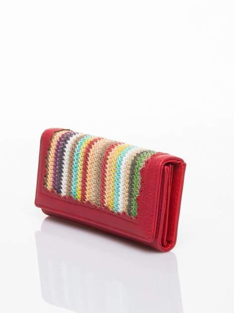 Czerwony portfel z ażurowaniem i plecionką                                  zdj.                                  3