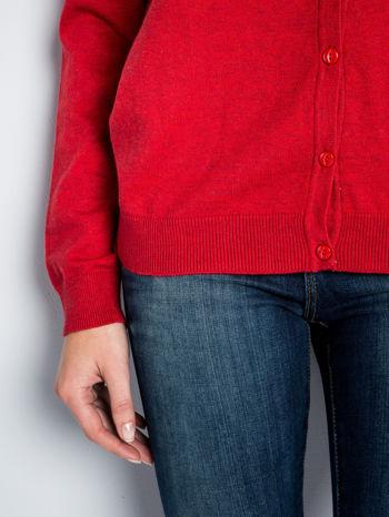 Czerwony rozpinany sweter z bawełny                                  zdj.                                  5