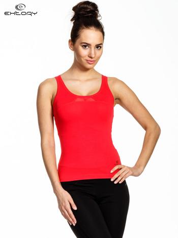Czerwony sportowy top z tiulowym wykończeniem