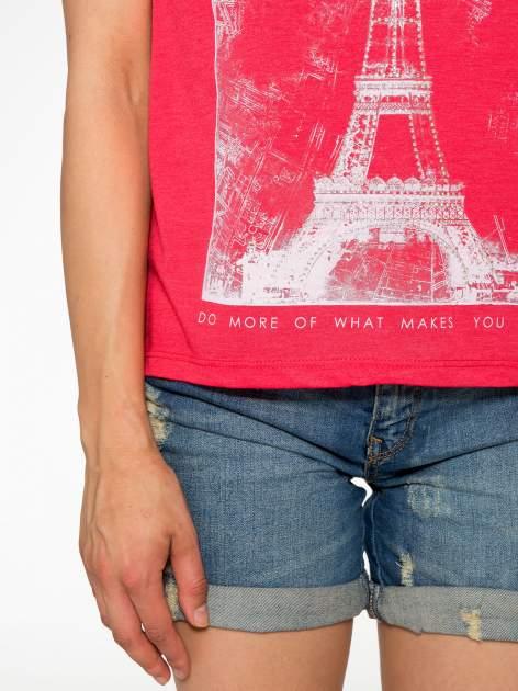 Czerwony t-shirt z nadrukiem wieży Eiffla                                  zdj.                                  6